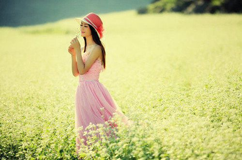 凄凉唯美的爱情说说:凡所凄凉处,一定曾经温暖