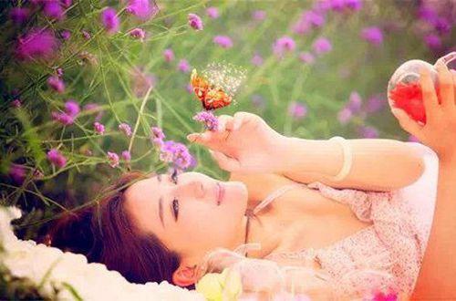 艰难伤感爱情的说说:爱情就像烟花的绽放,再美丽也是一瞬间的华彩