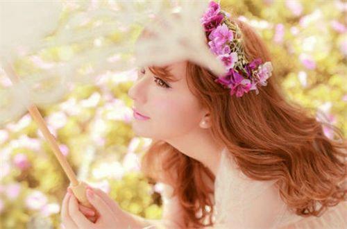甜甜的适合恋爱中的男生女生发的说说带图片