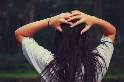 别人必评的经典说说:爱笑的人都很好运,努力的人才吸引人