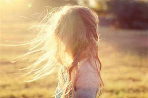 励志说说人生感悟:成熟不过是善于隐藏,沧桑不过是无泪有伤