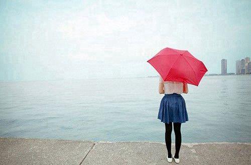 励志朋友圈致自己的心情说说:先变成自己喜欢的自己,再遇见一个