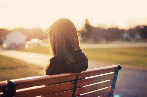 分分钟勾起伤心往事的伤感说说大全 心好累的那种