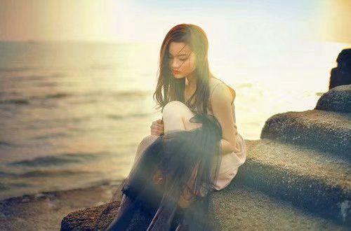 分手/失恋的说说 天涯何处无芳草,何必单恋一枝花