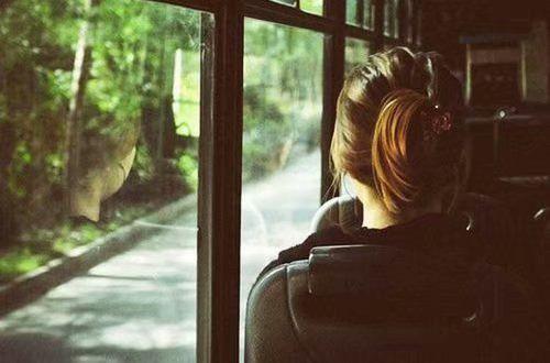 凄美的说说 对不起,我没有信守诺言,一辈子等你回头