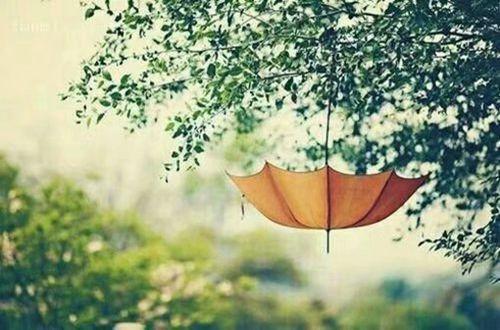 我才发现假装幸福也需要勇气-最至伤心的说说心情